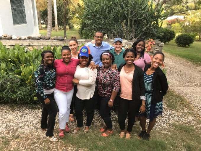 Group photo of MotoMeds team
